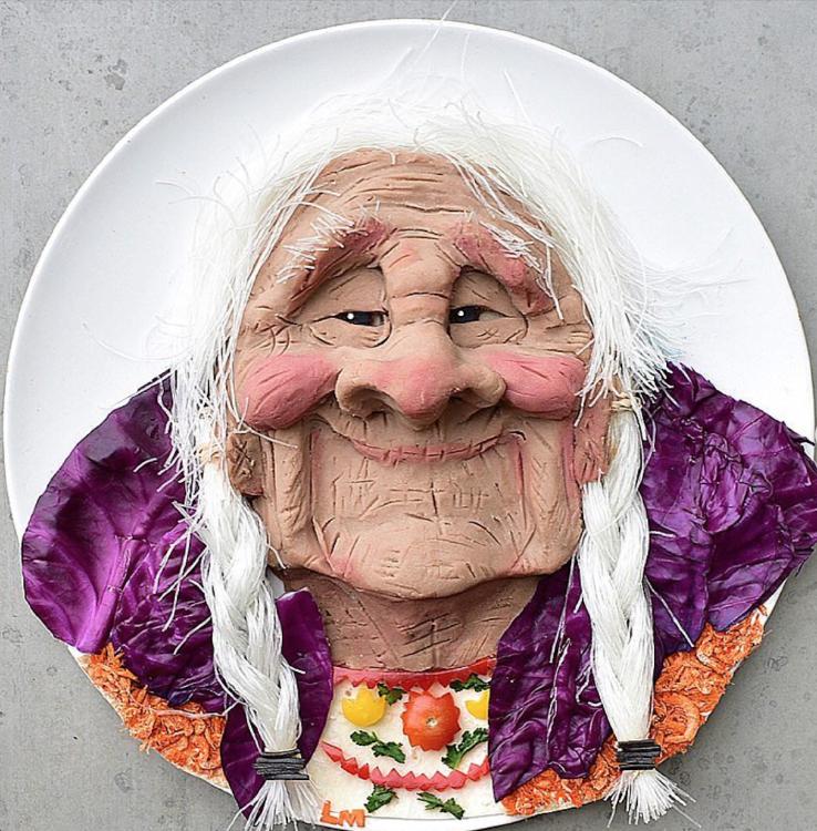 Abuela Coco por Laleh Mohmedi