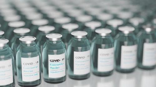 vaccine-5895477_640